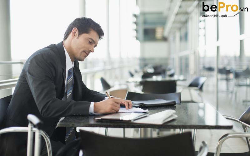 Chi phí thành lập doanh nghiệp đầy đủ bao gồm những gì?
