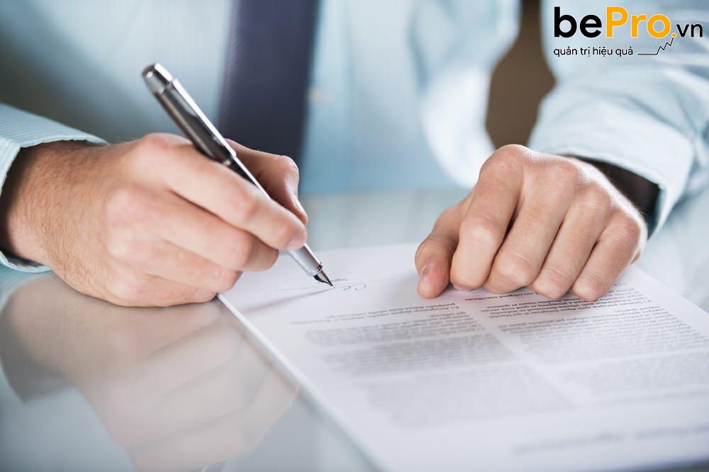 Hợp đồng mua bán hàng hóa chuẩn trong thương mại
